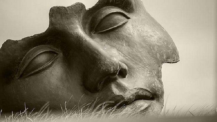 Нарциссизм: структура личности и психологическая помощь