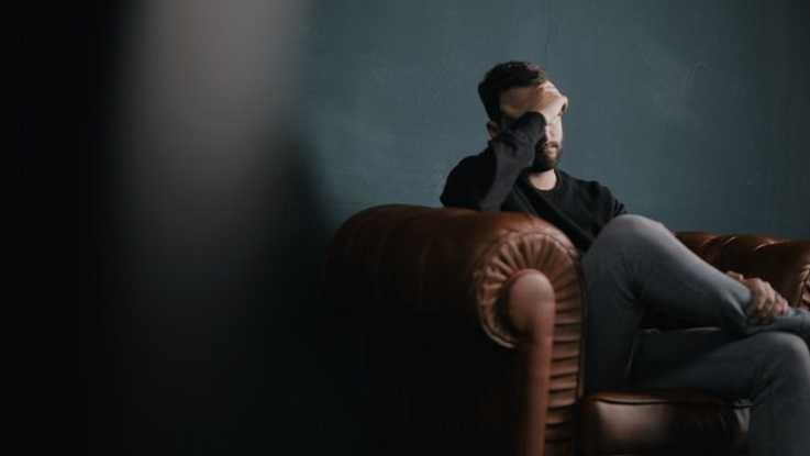 Неврастения: причины, клинические проявления, помощь