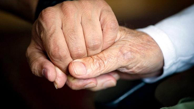 Что такое деменция? Можно ли помочь?